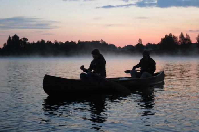Rīta blāzma Kāla ezerā pie Ērgļiem