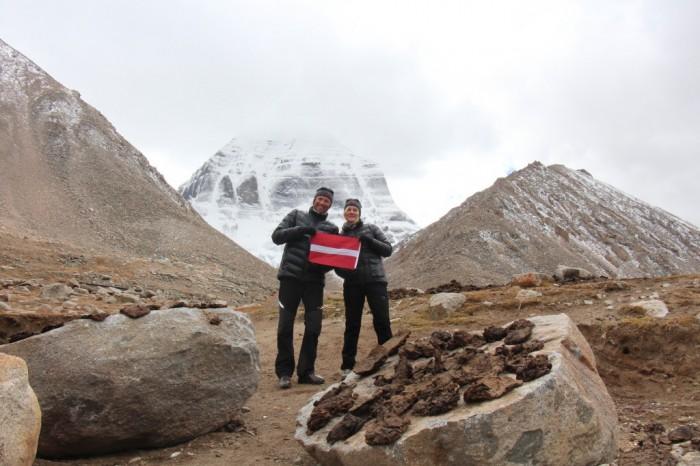 Kailaša kalna ziemeļu sienas pakājē, Tibetā