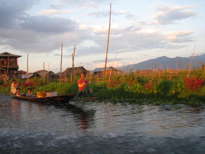 Myanmar_20101116_2569